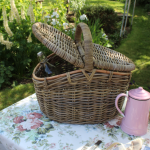 Lidded Picnic Basket